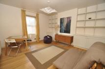 1 bed Flat to rent in Westbury Road...