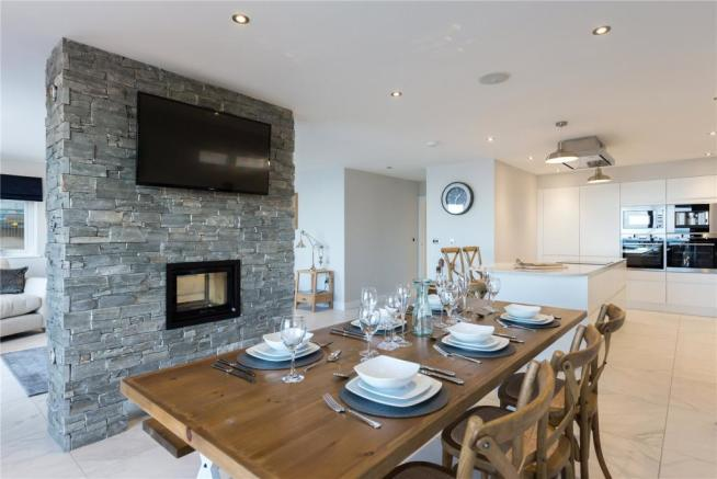 Showhome Dining Rm