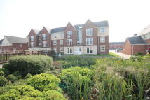 Apartment to rent in Baker Close ...