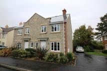 3 bed semi detached house in Monument Close...