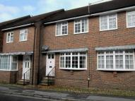 2 bedroom property to rent in Sheep Street, Petersfield