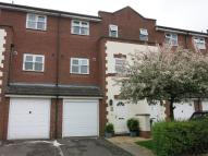 Town House to rent in Coopers Gate, Banbury