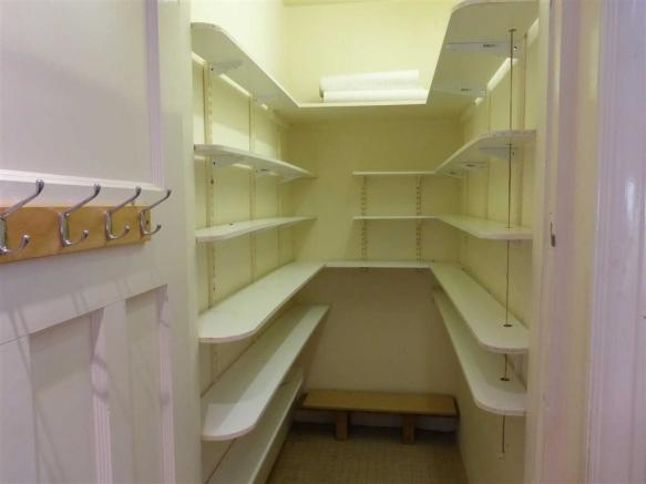 Large Walk-in Pantry