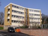 2 bed Flat to rent in Priory Court...