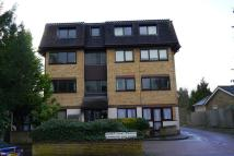 Flat in Rowantree Road, Enfield