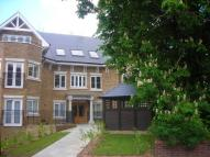 2 bedroom Apartment in Old Park Road, Enfield