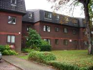 1 bed Flat in Woodridge Close, Enfield