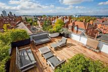 3 bed Apartment in Salisbury House...