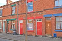 2 bed house to rent in Montague Road...
