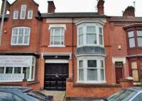 Briton Street Flat to rent