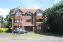 Flat to rent in Thamesbridge Court...