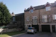 3 bedroom Town House in 316 Wakefield Road...