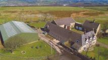 6 bedroom Detached house in Harden Moss Farm...