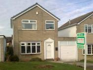3 bed Detached house to rent in Fox Close, Emley...