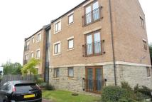 Flat to rent in Greenlea Court...