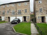 4 bedroom Flat in Brook Meadows, Denby Dale