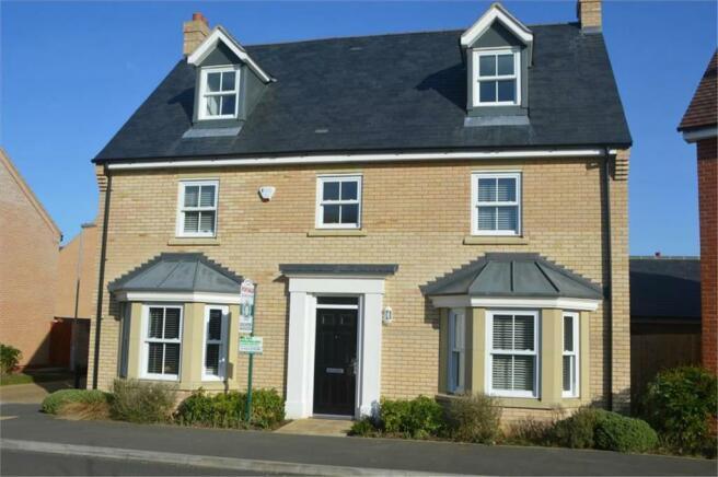 5 bedroom detached house for sale in dartmoor way