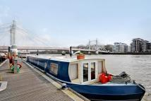 Cadogan Pier House Boat