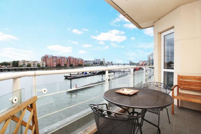 2 Bedroom Property To Rent In Sherwood Court Chatfield Road Riverside Plaza Battersea Sw11 Sw11