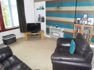 Flat to rent in Blackhall Street...