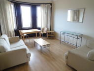 Flat to rent in George Street, Paisley...