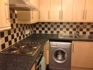 3 bedroom Flat in Macdowall Street...