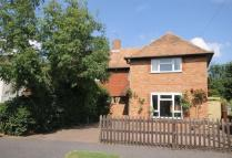 3 bedroom semi detached property to rent in Sole Farm Avenue...