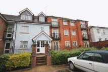 Apartment to rent in Horsham Road, DORKING