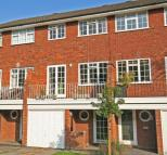 4 bed Terraced house for sale in Clarence Road...