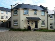 3 bed semi detached house in College Way, Gloweth...