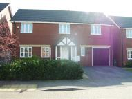 Detached house in Maltings Field...