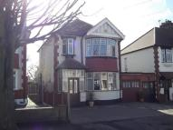 Detached property in Hornchurch