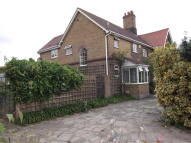 4 bed semi detached property in North Ockendon