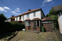 3 bed semi detached house in Cuffley Hill, Cuffley