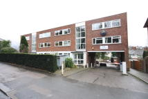 Flat to rent in High Road, Loughton