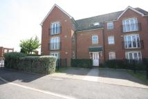 2 bed Ground Flat in Ravenoak Way, Chigwell