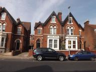 2 bed Flat to rent in Victoria Road North...
