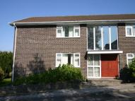 Flat to rent in Beach Road, Carlyon Bay...