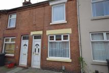 Connaught Street Terraced property to rent