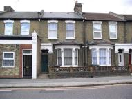 Markhouse Road house to rent