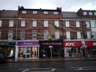Apartment to rent in Barkingside, Ilford...