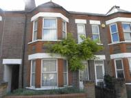 3 bed Terraced house in Burr Street, DUNSTABLE...