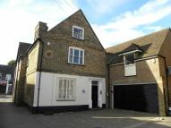 Detached property to rent in West Street, DUNSTABLE...