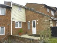 Terraced property in Spoondell, DUNSTABLE...