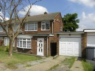 3 bedroom semi detached property to rent in Staveley Road, Dunstable...