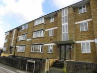 Meadway Court Flat to rent