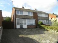 3 bed semi detached house in Langdale Road, DUNSTABLE...