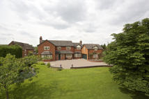 6 bedroom Farm House for sale in Pinfold Lane...