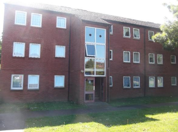 2 Bedroom Ground Floor Flat To Rent In St Etheldredas