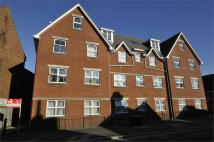 2 bed Flat for sale in 106 Seabourne Road...